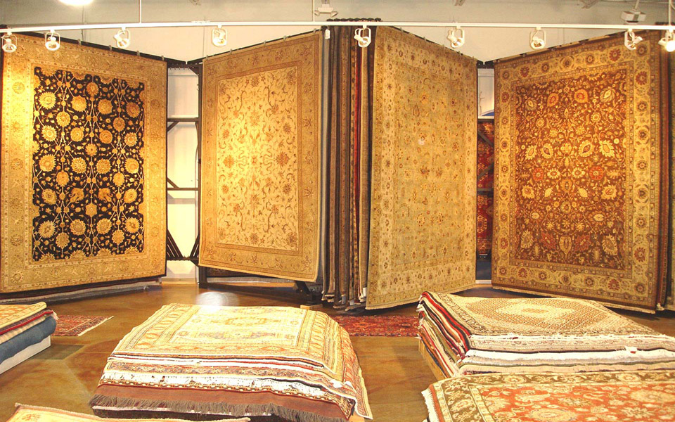 Azia Rugs Columbus Ohio Rug Display Racks Pic